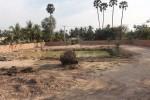 Unser Grundstück nach den Planierungsarbeiten