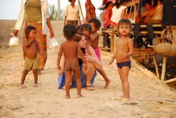 Kinder der Floating Village