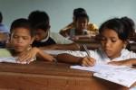 Die Kinder während dem Unterricht
