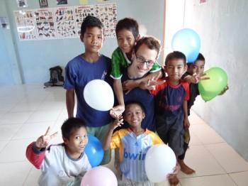 Die Kinder mit Johannes