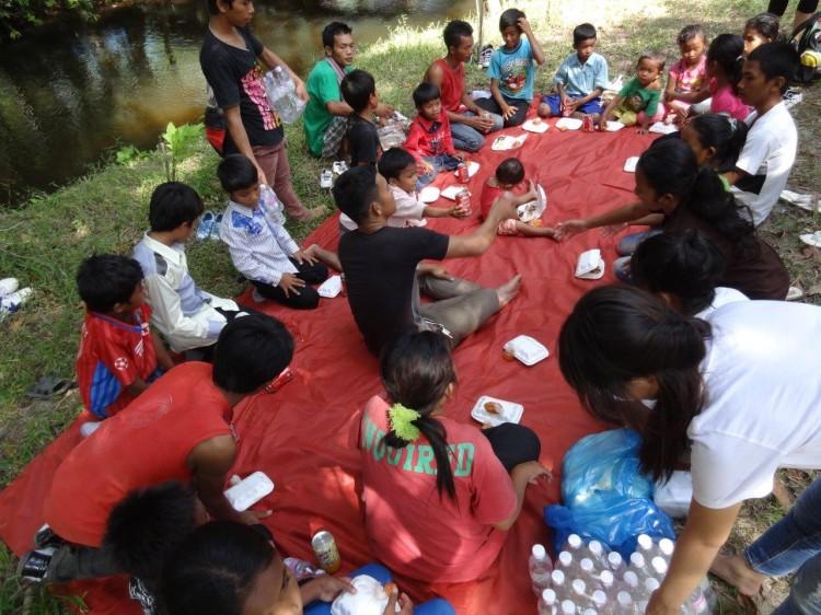Essen mit den Kindern