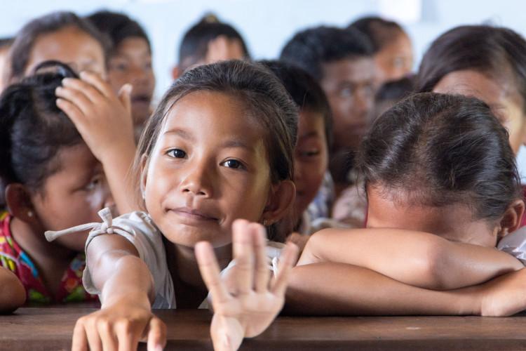 Unterricht im großen Klassenraum