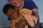Christina mit Kinder der HSO