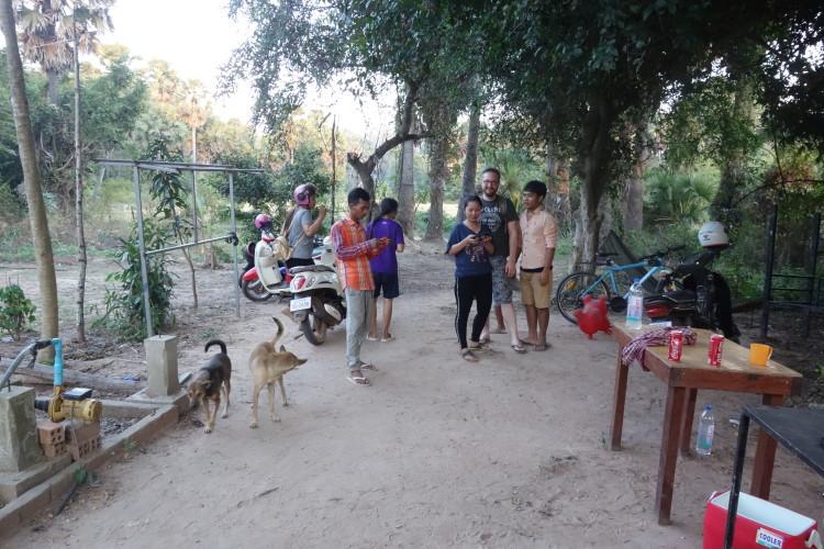 Besuch bei Theavy, Orong und Pomsen